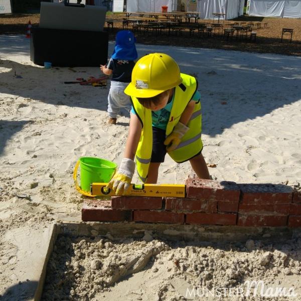 Kinderuni-Baustelle