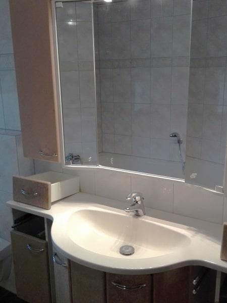 Badschrank-alt
