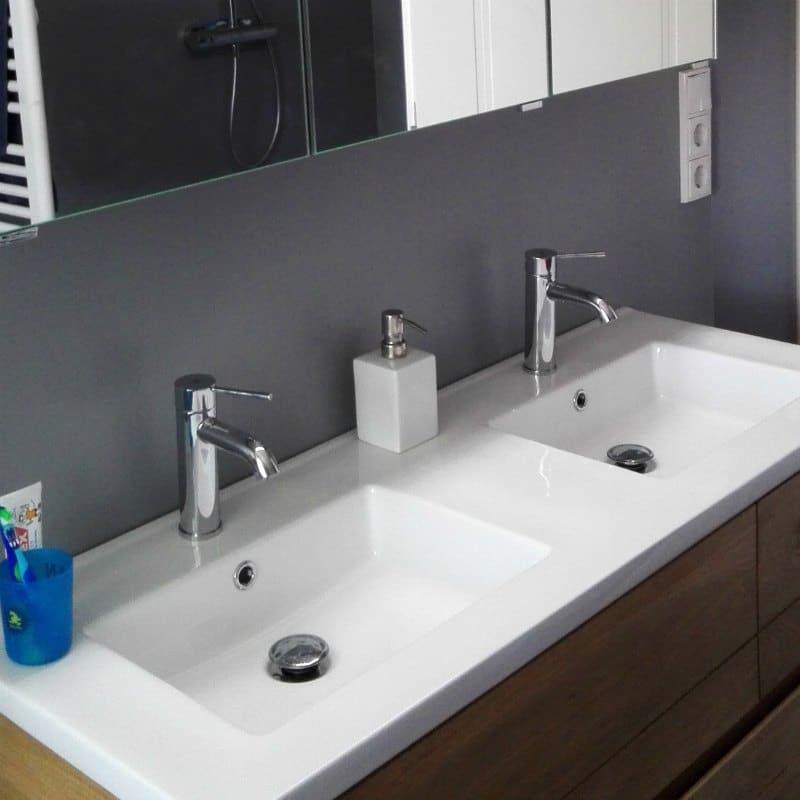 Putzplan für das Badezimmer - Waschtisch sauber