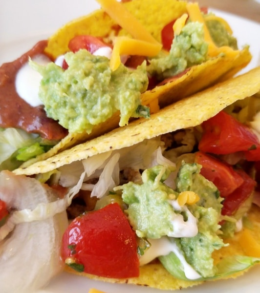 tacos ein mexikanisches familienessen 4 mini rezepte. Black Bedroom Furniture Sets. Home Design Ideas