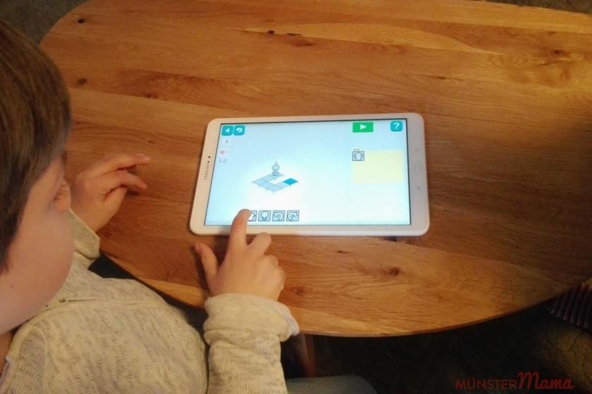 Kinder am Smartphone & Tablet
