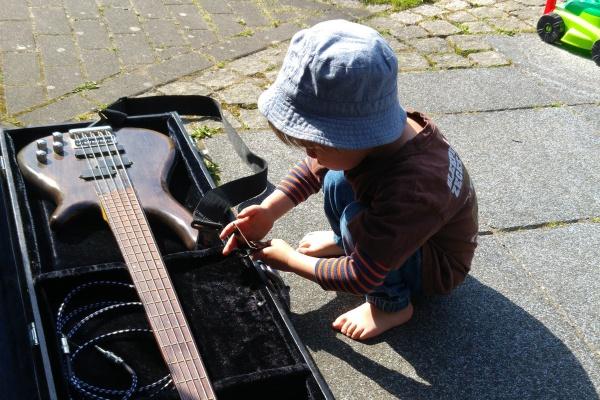 EBass-Garten-Münster-Kinder-Familie-Band-Papa