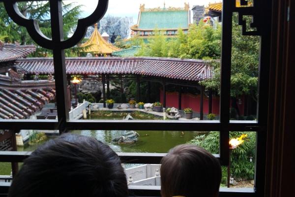 Aussicht-Hotelzimmer-Garten-Hotel-LingBao-Phantasialand