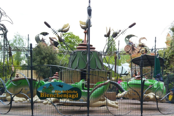Bienchenjagd-Karussell-Kinder-Kleinkinder-Phantasialand-Münstermama