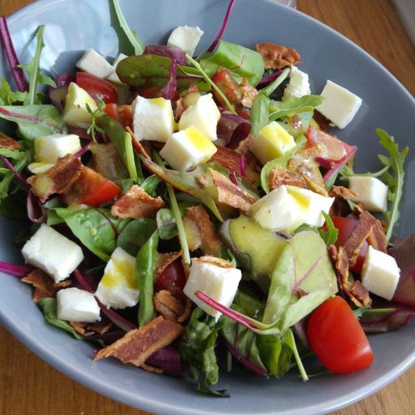 BLT Salat Bacon Eisberg Tomate Mozarella Salat Rezept
