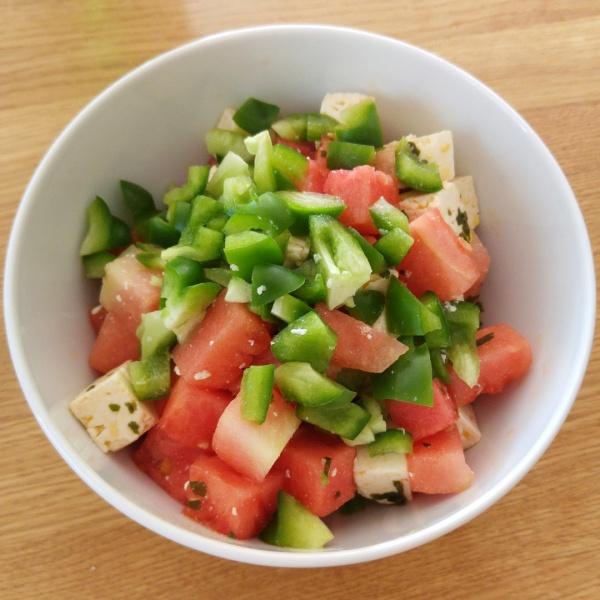 Melonen-Paprika-Salat