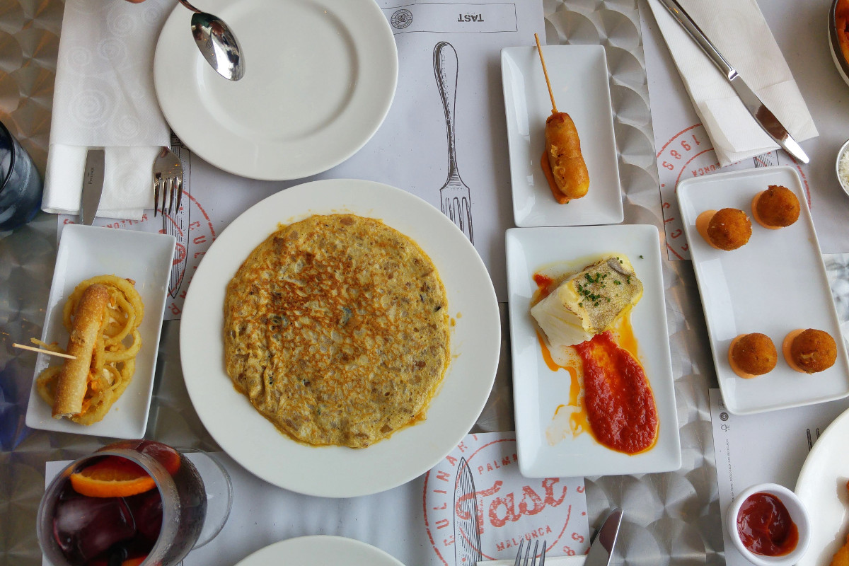 Tappas-Tast-Magaluf-Familydinner-Familienessen-Familienurlaub