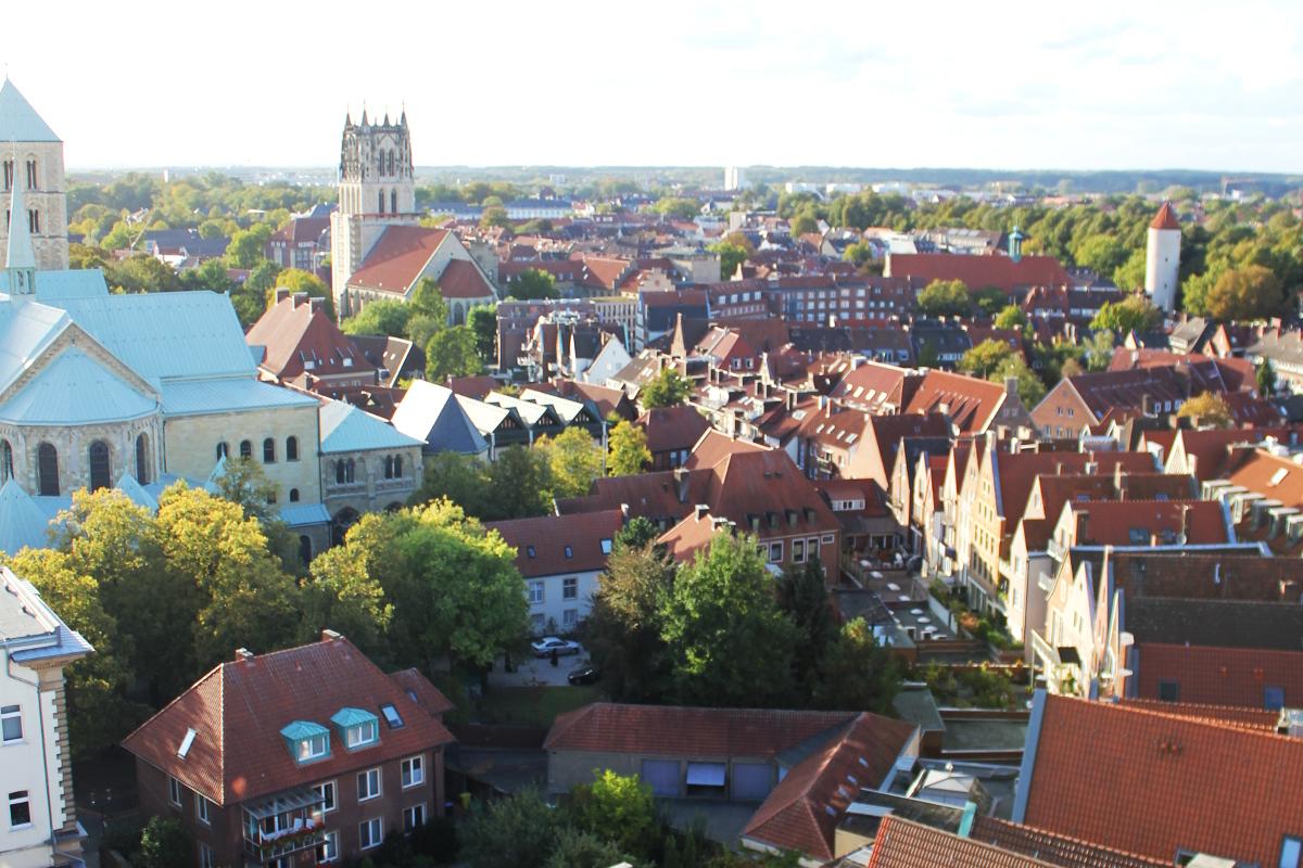 Roggenmarkt-Münster-Münsterland-Prinzipalmarkt-Giebelhäuser-Innenstadt-Münstermama