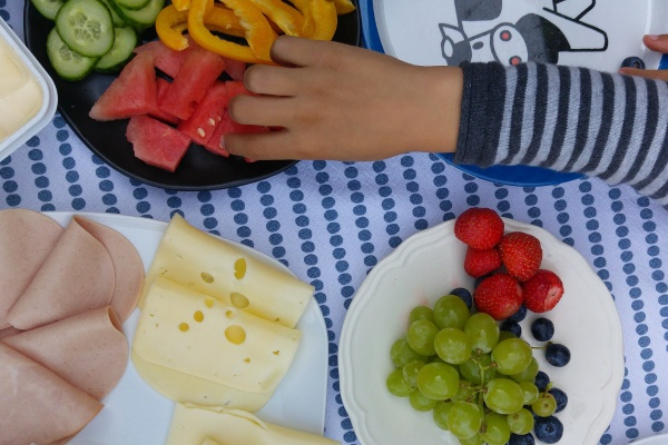 Frühstück in Münster-Obst-Kinder-Spielecke-Buffet