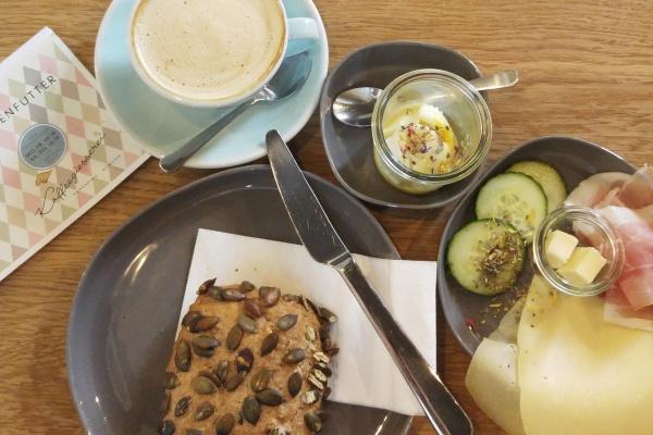 Frühstück in Münster-Ei im Glas-Kaffeegiesserei
