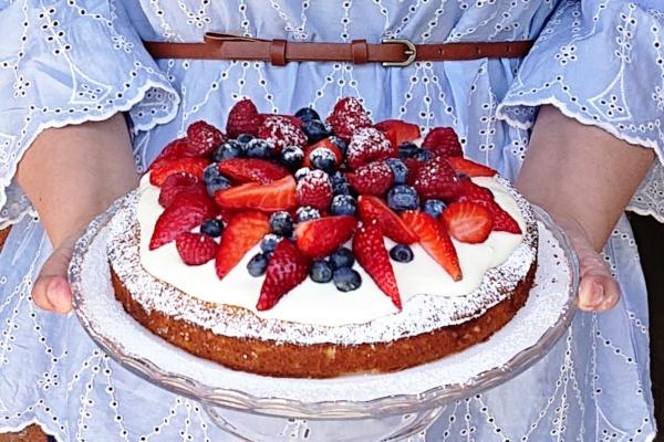 Muttertag-Geburtstag-Einfacher Zitronenkuchen-Rezept-Münstermama