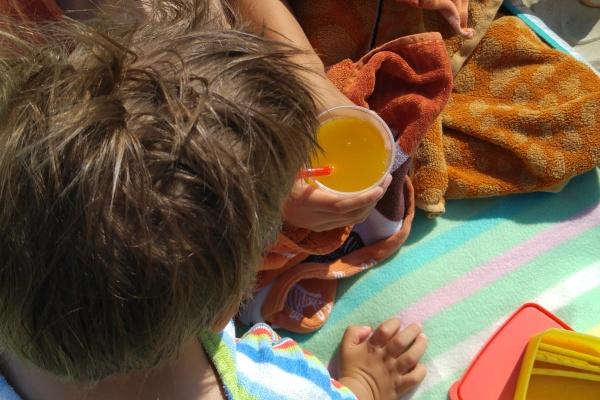 Familienurlaub-Flugreise-Reiseplanung mit Kindern-Beachlife-Münstermama